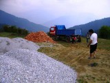 Unloading of the crushed stone and gravel